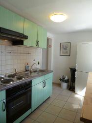 Superb Im Obergeschoss Stehen Zwei Gemeinschaftliche Küchen Mit Je Einer  Gefrierkombination, Herd Und Backofen Zur Verfügung.